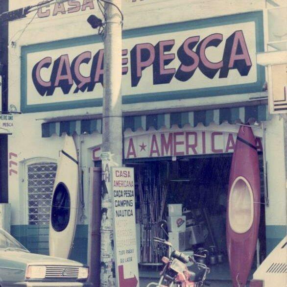 Foto da fachada da Casa Americana Caça & Pesca
